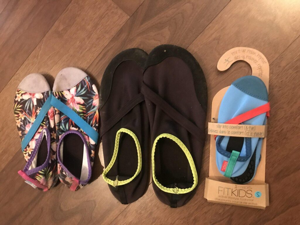 What to pack for the beach with kids: FitKids